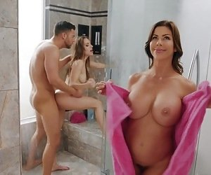 Pussy In Shower Videos